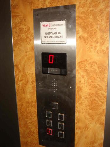 PULSANTIERA-ascensori-Vitali-Ascoli-Piceno-AP